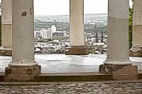 säulen des monopteros auf dem neroberg - intensiv (photo art edition)
